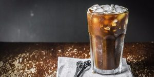 ترفندهایی برای تهیه یک قهوه سرد خانگی و سالم