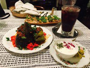 سفری غذایی به دور ایران در تهران