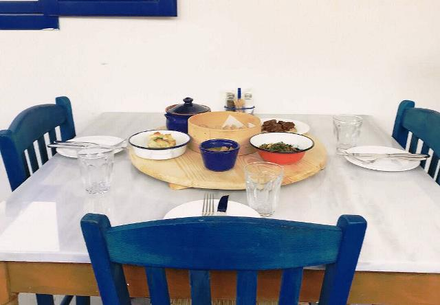 رستوران یونانی کرنلیا