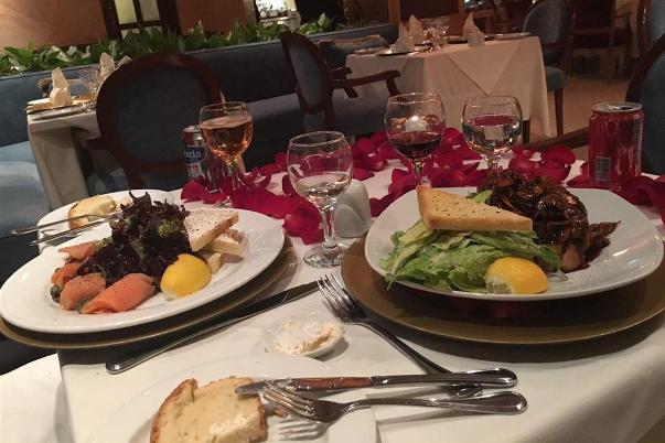 بهترین رستوران برای پذیرایی از میهمان خارجی کجاست؟