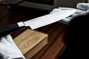 ۸ چاقوی مهم و پر کاربرد در آشپزی که حتما باید آنها را بشناسید