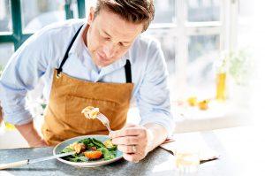نکتههایی از زندگی حرفهای آشپز محبوب جیمی الیور