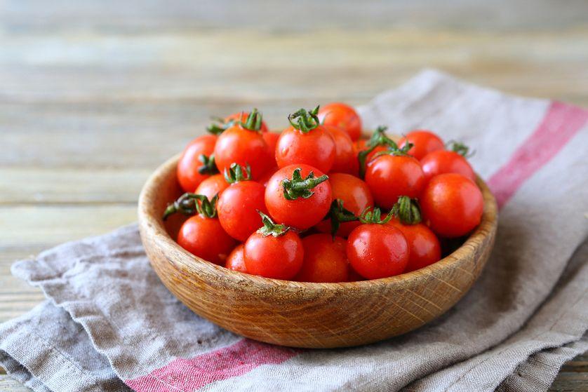 نگهداری میوه و سبزیجات تازه ، نگهدای برخی از میوه ها بر روی کابینت