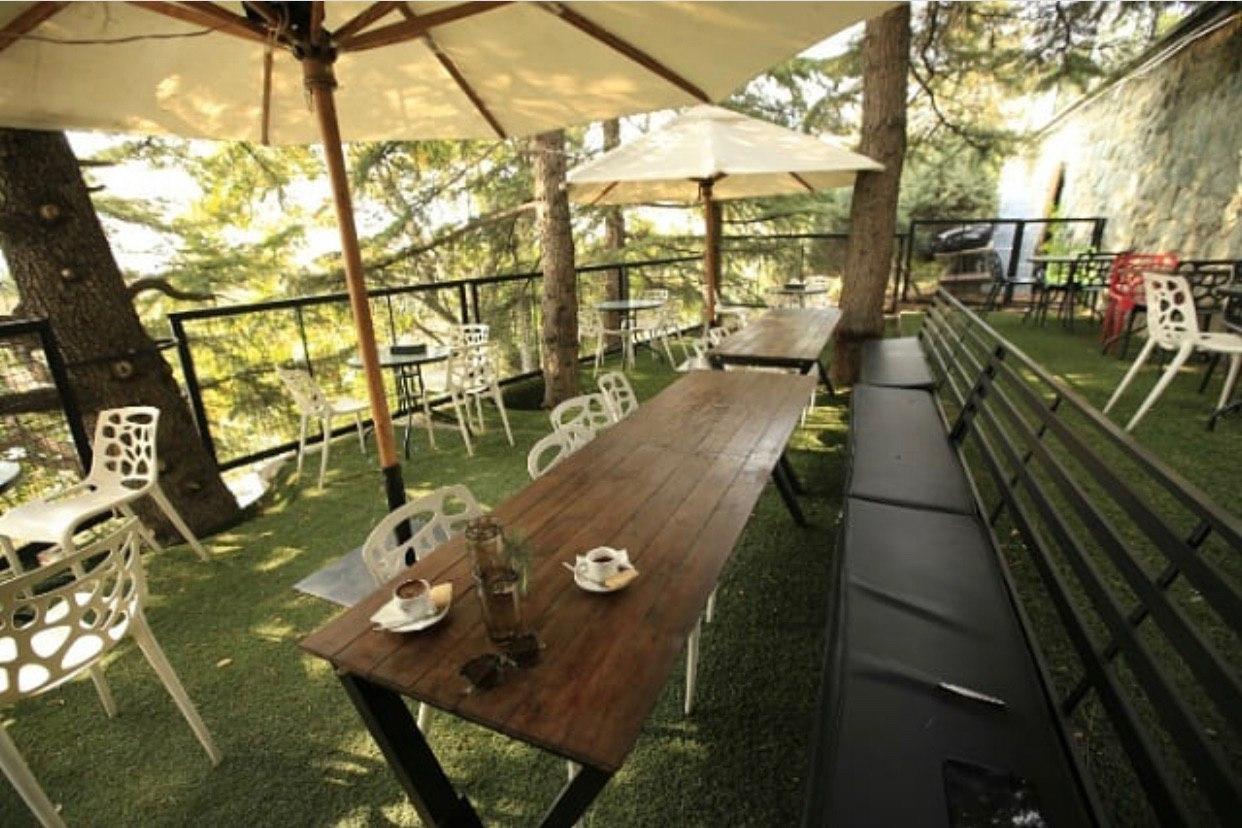 کافه رستوران امیرچاکلت دارآباد