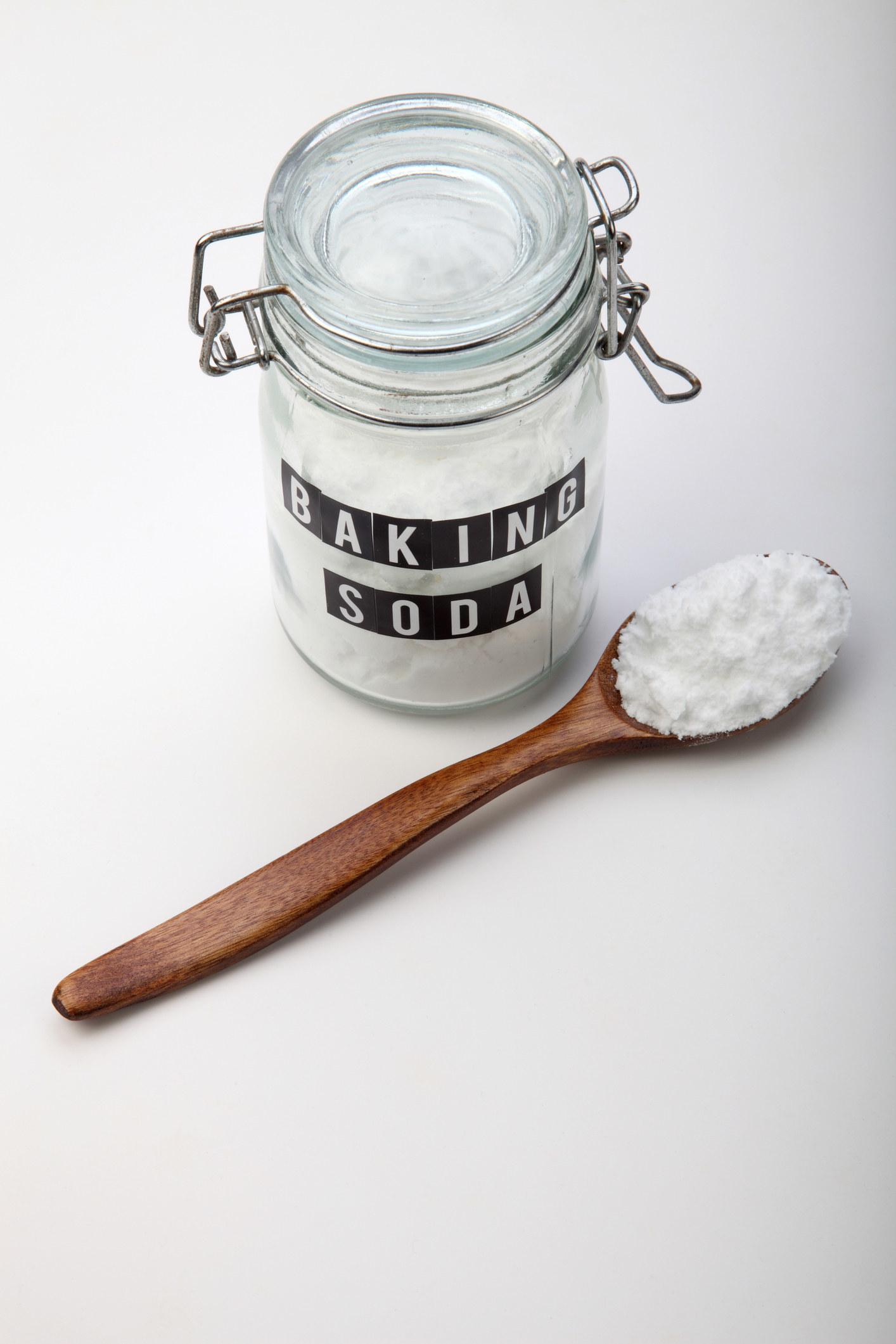ترفندهای پخت مرغ ، استفاده از محلول نمک و جوش شیرین برای ترد شدن بال ها