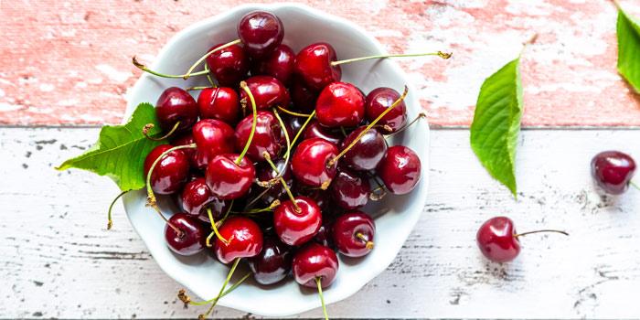 میوه های قرمز ، آلبالو موثر در کاهش فشار خون
