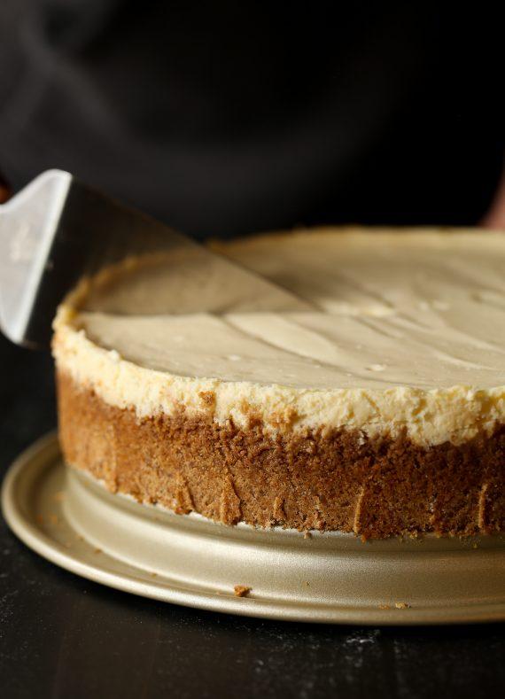 طرز تهیه یز کیک کلاسیک، خانگی و خوشمزه