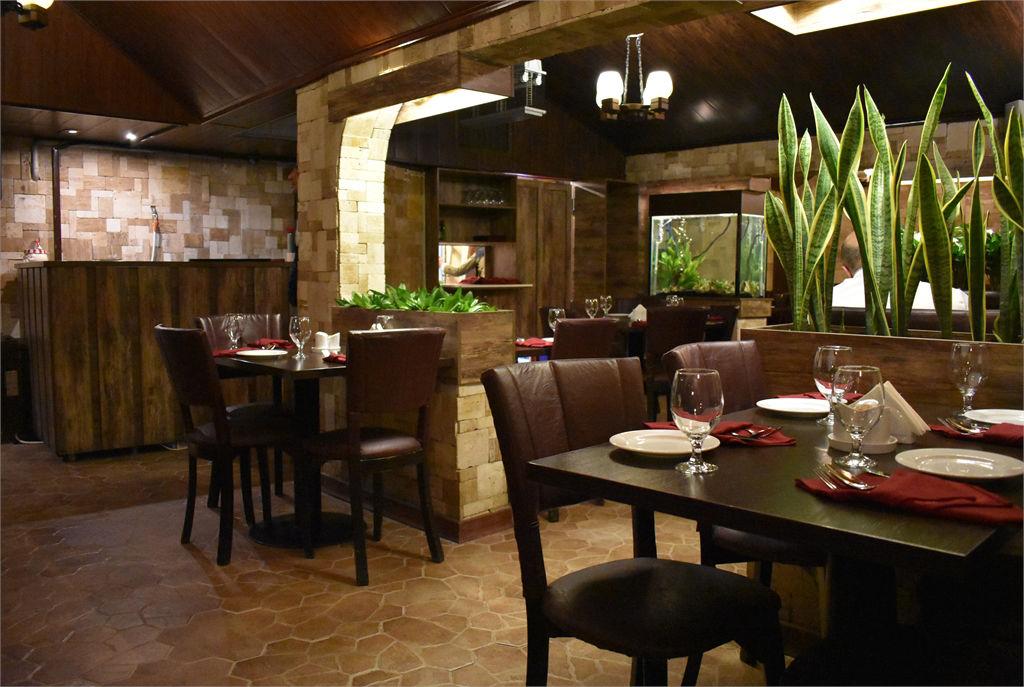 بهترین رستورانهای تهران با منو غذای فرانسوی -ترامونتو