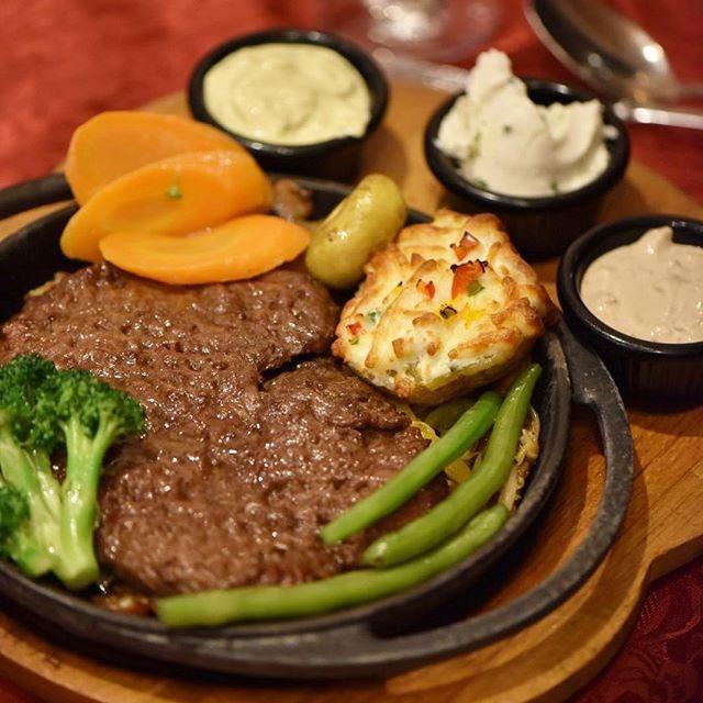 بهترین رستورانهای تهران با منو غذای فرانسوی - طهران پاریس