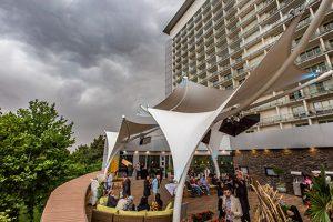 کافه رستوران مطبح هتل استقلال