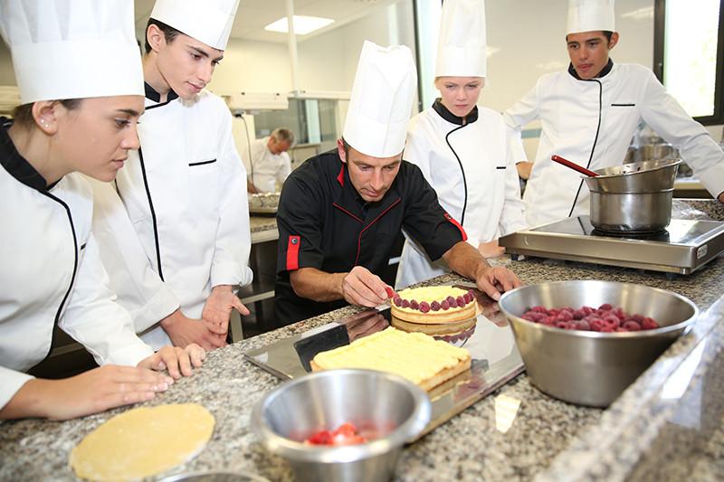 چگونه سرآشپز شویم؟ - مجله فیدیلیو