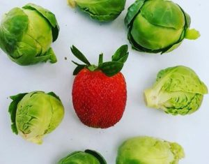 توت فرنگی و کلم- ترکیب گیاهی
