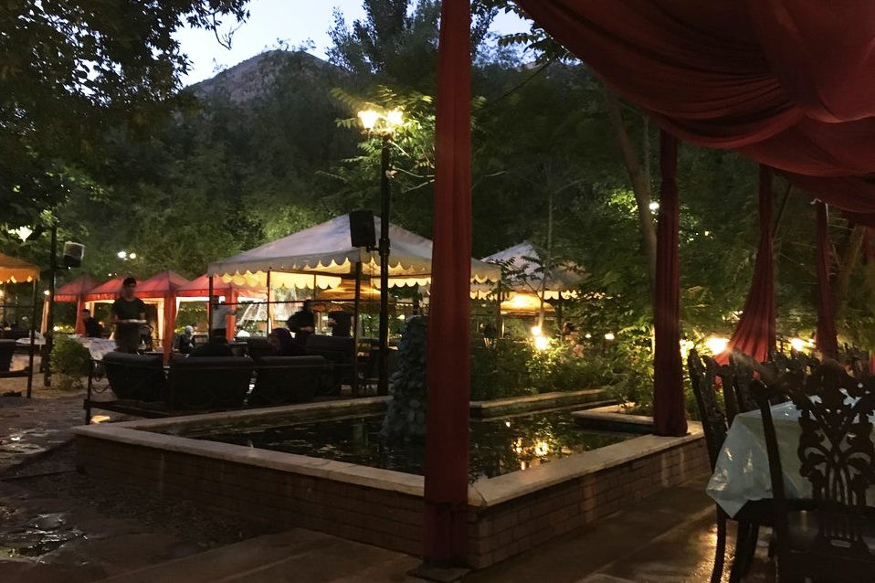 باغ رستوران اس پی یو