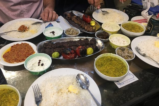 رستوران گیلانی خوشبین حسن رشتی