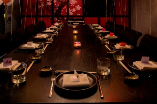 طعم ناب غذاهای آسیایی بر فراز تهران در رستوران جاده ابریشم