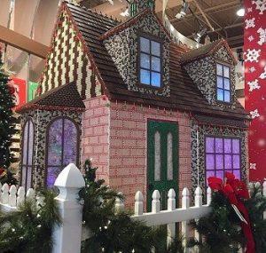 کریسمس با خانه شکلاتی هرشیز