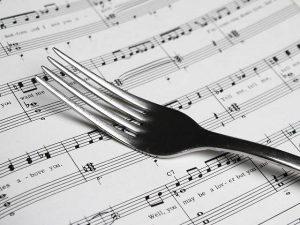 نقش موسیقی در رستوران