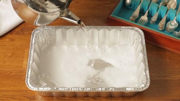 شیوه تمیز کردن ظروف نقره-3
