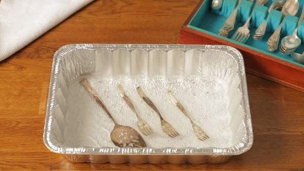 شیوه تمیز کردن ظروف نقره-4