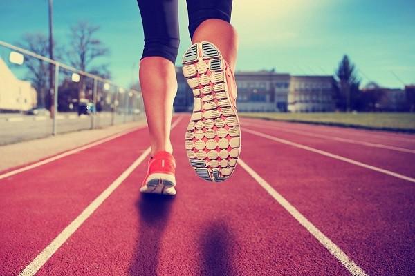 نقش ورزش در مصرف غذاهای ناسالم